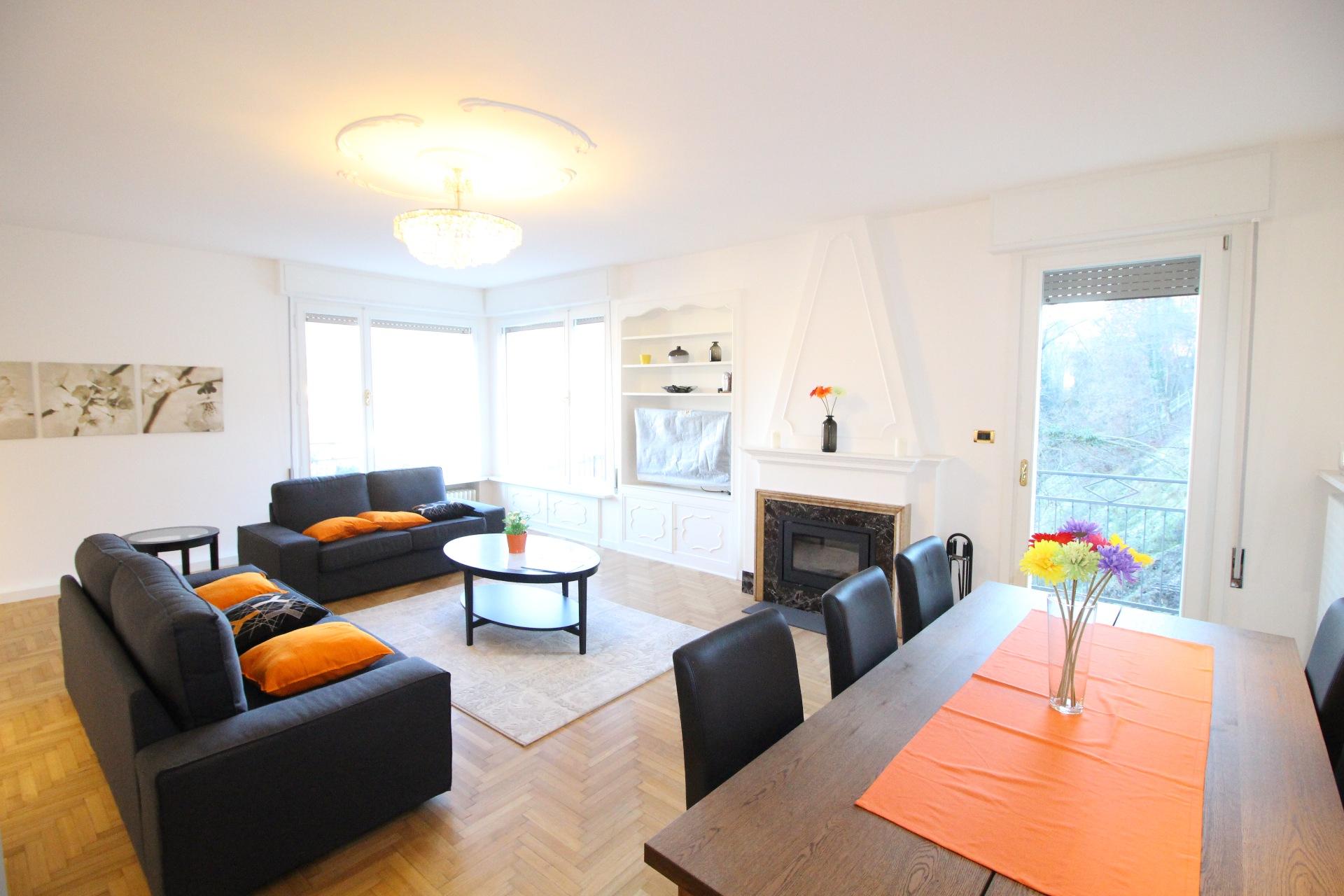 Appartamento completamente ristrutturato for Appartamenti ristrutturati